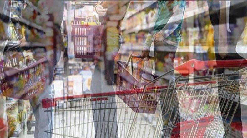 Para las Fiestas los supermercados deberán tener el 70% de las cajas abiertas