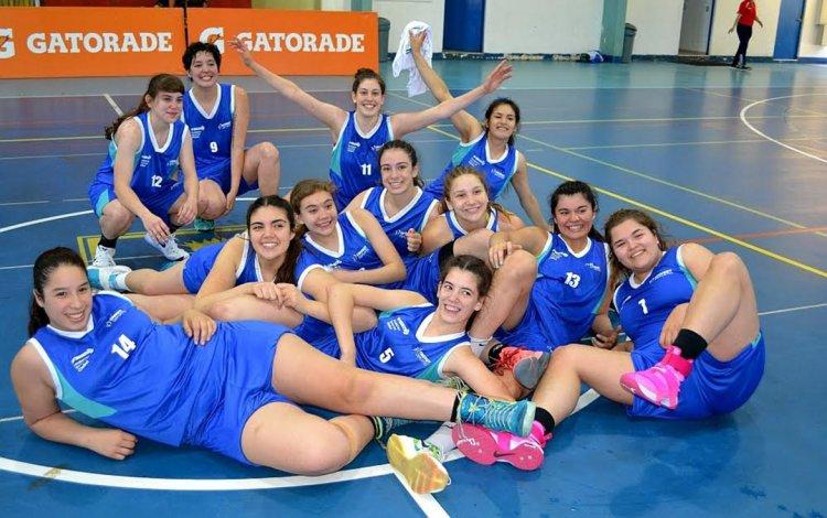 Las chicas del básquet lograron una histórica clasificación a la final.