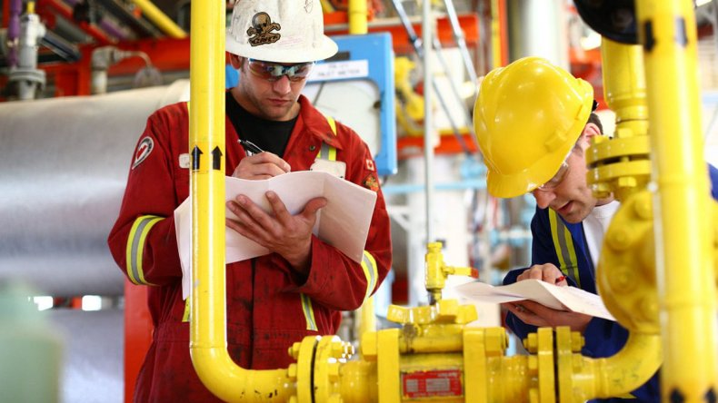 El gobernador de Chubut pretende que el programa nacional de incentivo a la producción de gas incluya a la Cuenca del Golfo San Jorge.