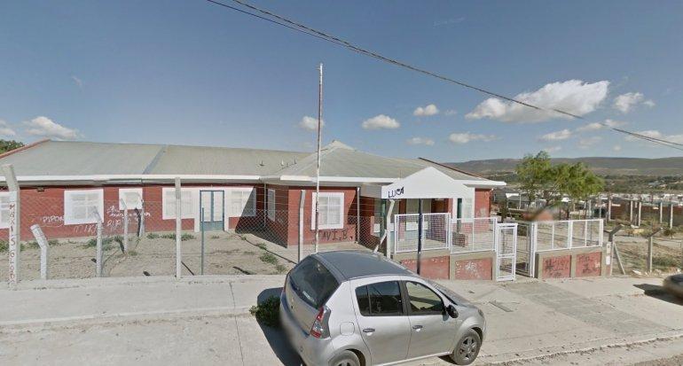 Destrozaron un jardín de infantes para robarse el equipo de vigilancia