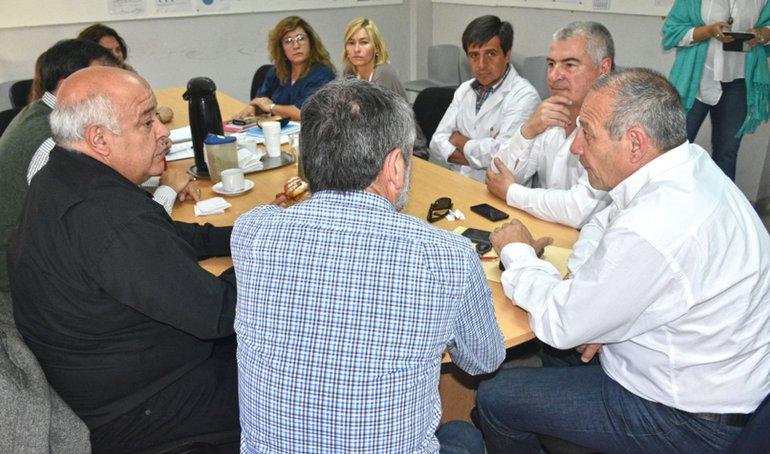 Gestionan la adquisición de mamógrafos de última generación para hospitales de la provincia
