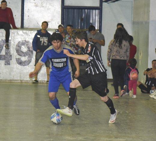 El fútbol de salón de Comodoro Rivadavia continuará este fin de semana con la disputa del torneo Clausura.
