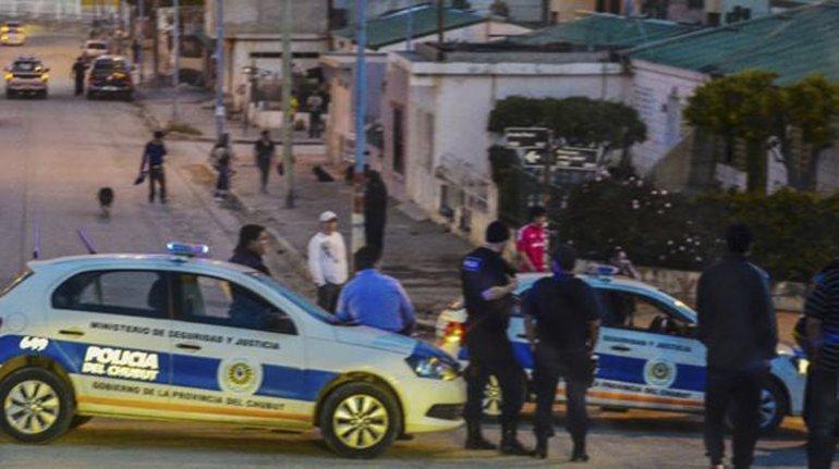 La puja por la vivienda de Teniente Vázquez y Mariano Rodríguez derivó en ataques armados.