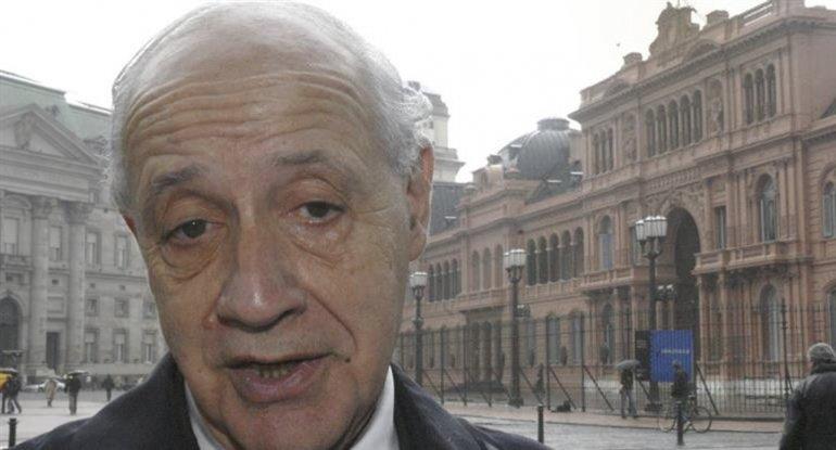 Roberto Lavagna insiste con criticar la política económica de Cambiemos.