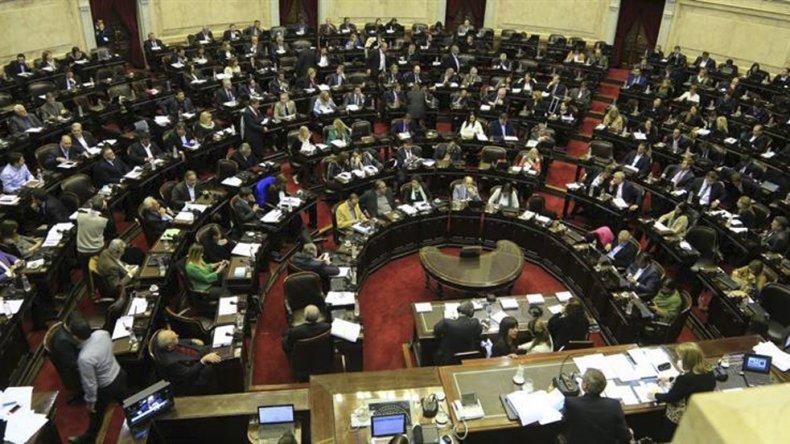 El Congreso seguirá sesionando por leyes clave para el Gobierno.