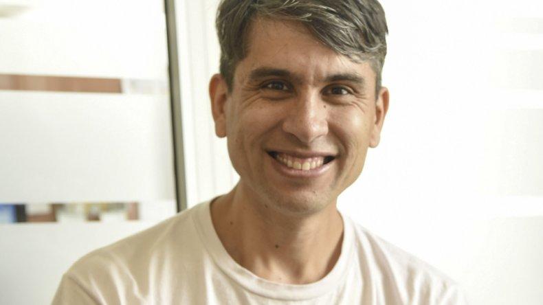 Javier Santa Cruz presentará su disco Kilómetro 5: Canciones del Cerro.