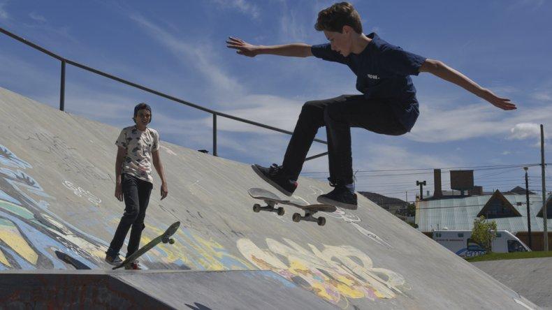 El Skate Park de Rada Tilly ya se instaló como parada ineludible a nivel provincial.