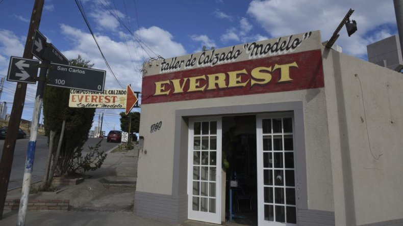 Hasta de las Islas Malvinas nos mandaban zapatos para repararlos