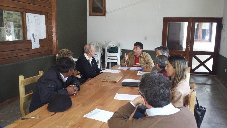 Provincia entregó en Esquel más de un millón de pesos para proteger a los bosques.