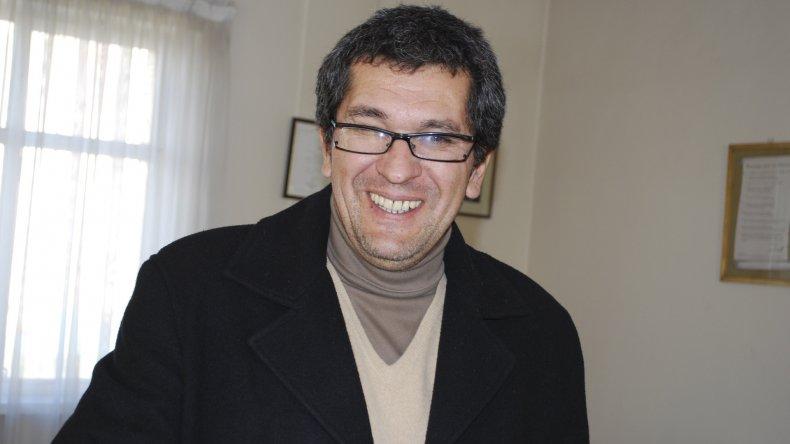 Gastón Acevedo es el candidato al Consejo Departamental por la lista Radicales. Su compañero es Juan Gutiérrez Hauri.