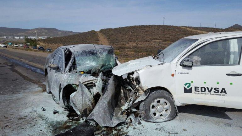 Un hombre murió al chocar contra una camioneta de servicios petroleros