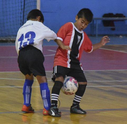 Catamarca goleó 13-0 a Escuela Municipal Complejo Huergo en la categoría 2008.