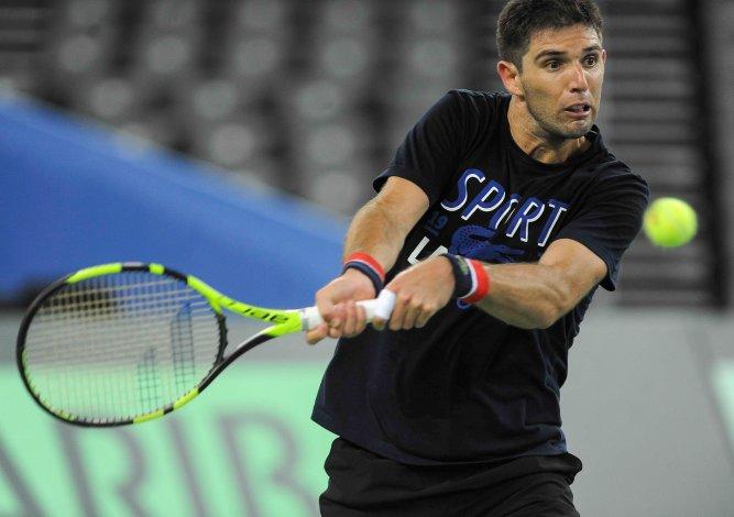 Federico Delbonis durante el entrenamiento de ayer del equipo argentino de Copa Davis.