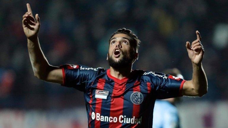 Emmanuel Mas y San Lorenzo intentarán mañana llegar a una nueva final internacional.