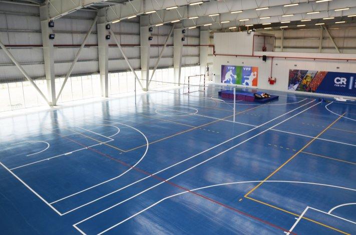 El gimnasio 4 construido por YPF  recibirá a 1.200 personas por día