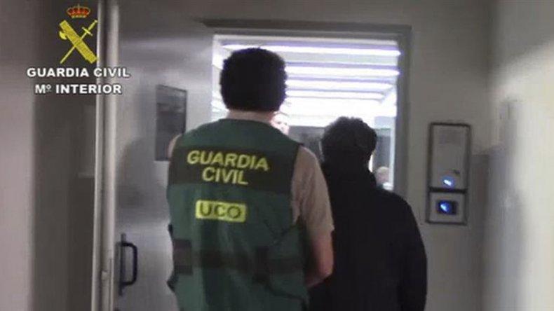 El momento en que detienen en España al cerebro del caso Lava Jato.