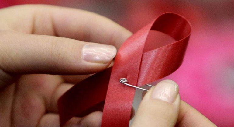 Unas 7.500 mujeres jóvenes  contrajeron VIH cada semana en 2015
