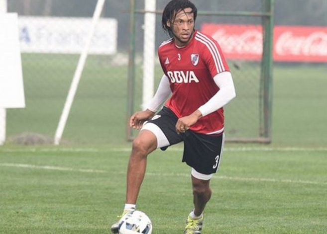 El ecuatoriano Arturo Mina viene de una seguidilla larga de partidos.