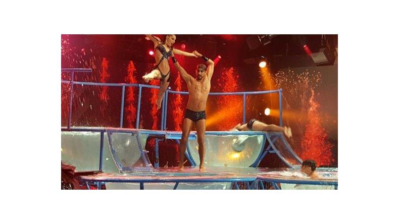 Jugadísimo aquadance de Pampita: saltos, trucos y una visita muy especial