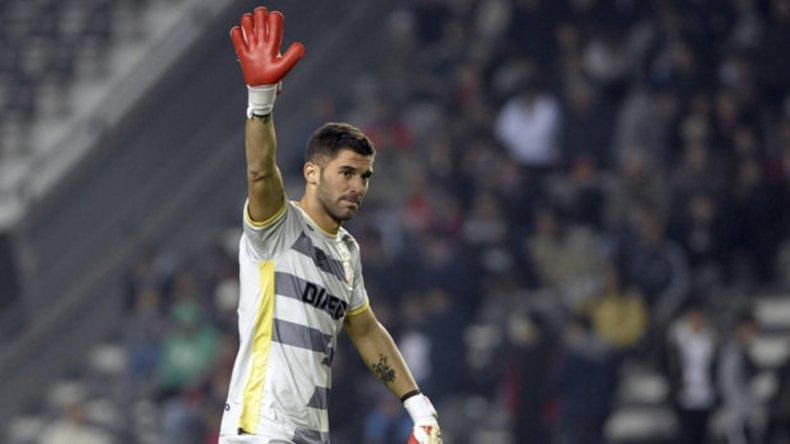 Mariano Andújar reaparecerá esta tarde en el arco de Estudiantes de La Plata.