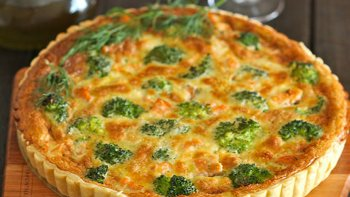 quiche de salmon y brocoli
