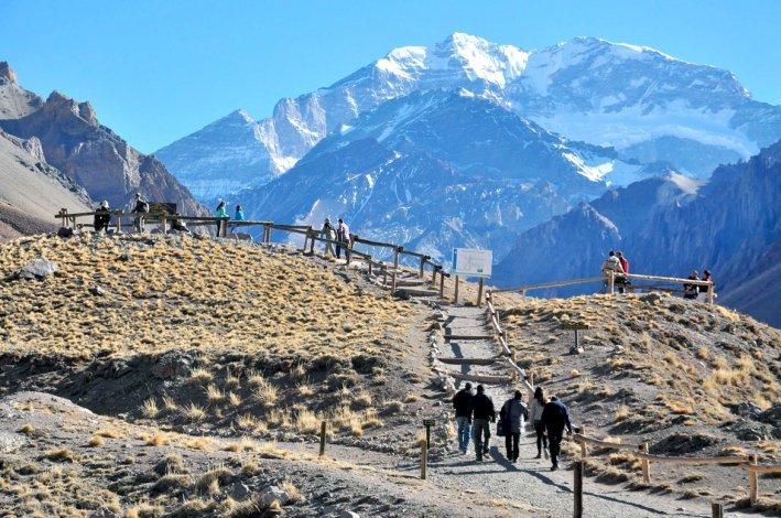 El Parque Provincial Aconcagua es un ícono del andinismo mundial visitado cada año por amantes del trekking