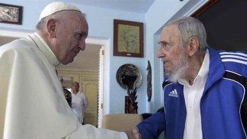Francisco envió un telegrama expresando su pesar por la muerte de Castro.