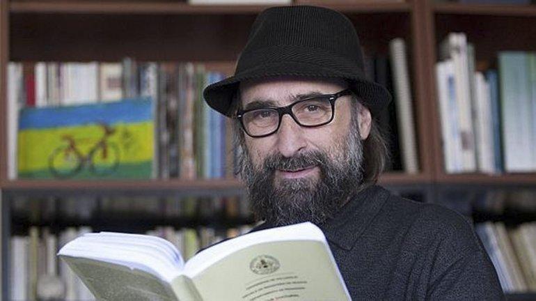 Un catedrático español brindará  una conferencia abierta sobre  la descolonización educativa