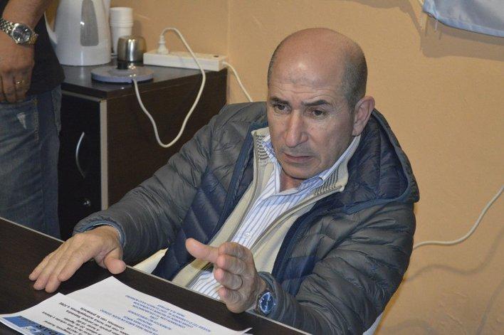 El petrolero jerárquico José Llugdar subrayó que la minería también tiene que ponerse arriba de la mesa.