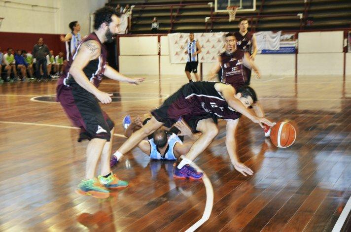 Federación Deportiva derrotó 72-67 a General Saavedra y se metió en el Final Four de Primera división.