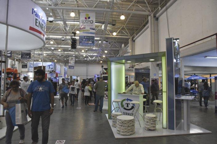 Una masiva convocatoria de público tuvo el Predio Ferial durante los cuatro días de actividad de la Expo Industrial y Comercial.