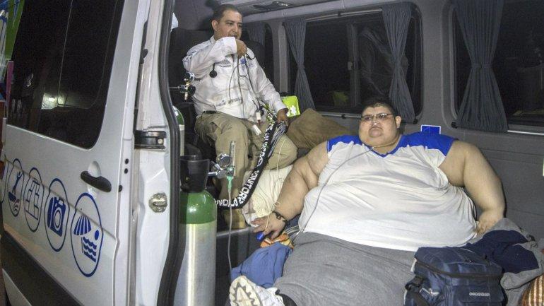 El hombre más obeso del mundo pesa 590 kilos