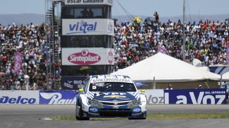 El Chevrolet Cruze con que Agustín Canapino logró su primer título en el Súper TC 2000.