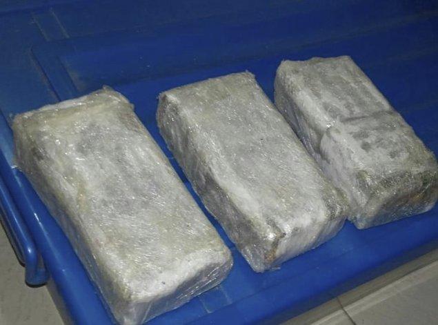 Parte de la droga hallada en los allanamientos de la madrugada del lunes.