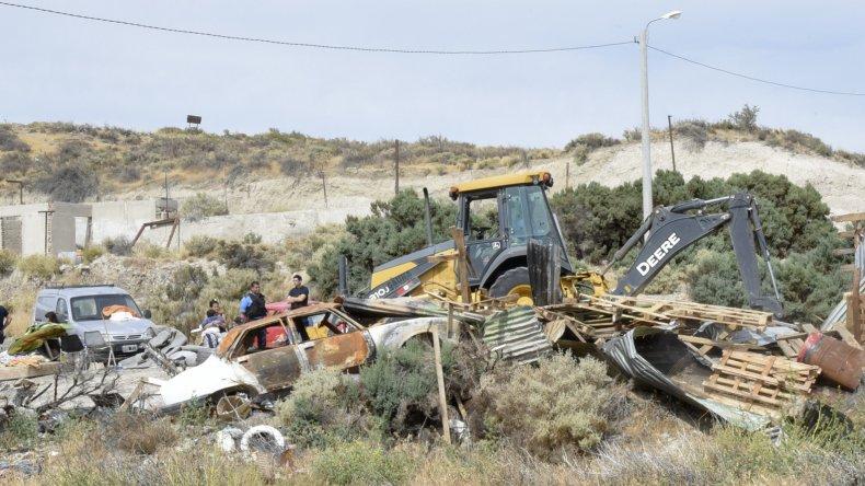 La Secretaría de Seguridad del municipio realizó ayer un nuevo operativo para impedir la usurpación de un terreno fiscal en cercanías del Predio Ferial.
