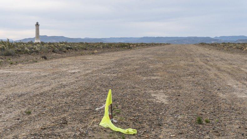 Lo de la pista de aterrizaje se promociona con un ¿alguna vez te imaginaste llegar volando a tu casa?.