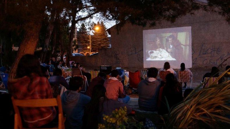 Diciembre llega con variada agenda cultural a Rada Tilly