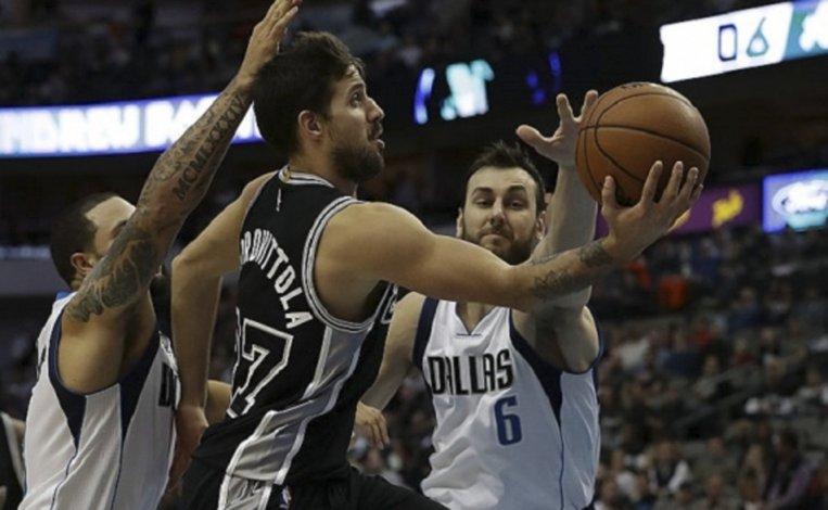 El base Nicolás Laprovíttola jugó la noche del miércoles por primera vez como titular en San Antonio Spurs.
