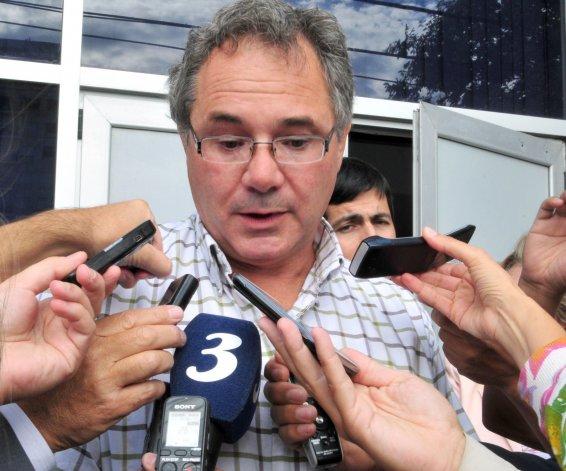El abogado Jorge Echelini le bajó expectativas a la reunión del lunes en Comodoro entre los cesanteados de Guilford y el representante de la textil.