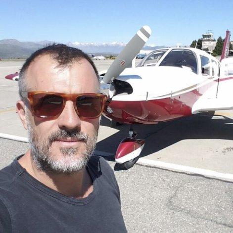 Reinaldo Van Domselaar destacó que se cumplen con todos los requisitos de seguridad para que le autoricen la construcción de su pista.