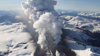 alerta amarilla por actividad del volcan hudson