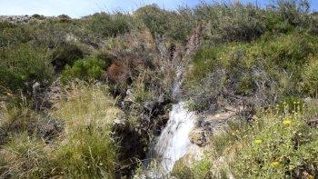 comodoro tendra una cascada hasta el mes de abril en el barrio los tres pinos
