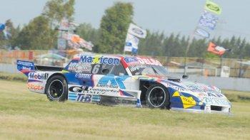 El Ford de Marcelo Agrelo que ayer se ubicó tercero durante la primera serie del TC Pista.