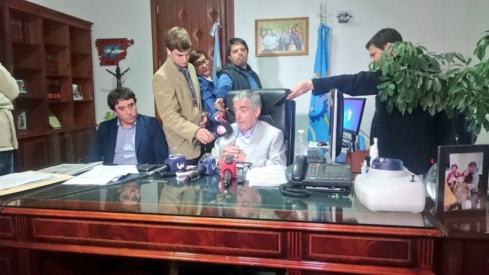 Das Neves hoy en conferencia de prensa.
