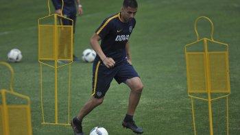 El defensor Fernando Tobio durante el entrenamiento que Boca realizó ayer en el Complejo Pedro Pompilio.