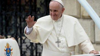 el papa advirtio por los carpetazos en los medios de comunicacion