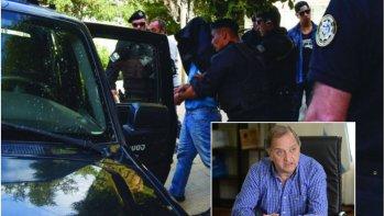 el municipio no intervendra en defensa de los funcionarios acusados de recibir coimas