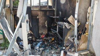 murio un hombre de 40 anos en un incendio en el barrio juan xxiii