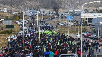 petroleros se movilizan el martes en defensa de los puestos de trabajo