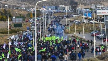 El martes los trabajadores petroleros buscarán replicar la multitudinaria marcha del 6 de mayo de este año.